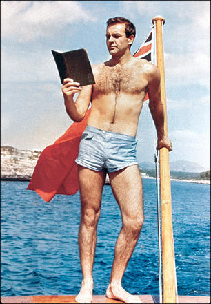 sean-connery-james-bond-reading-thunderball